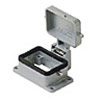 PANEL MOUNTING BASE - 6P+Ground  16A MAX - 600V  TWO PEGS AND COVER